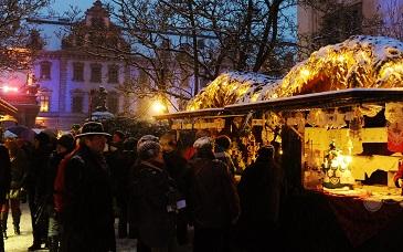 Romantischer Weihnachtsmarkt.Romantischer Weihnachtsmarkt Auf Schloss Thurn Und Taxis Regensburg